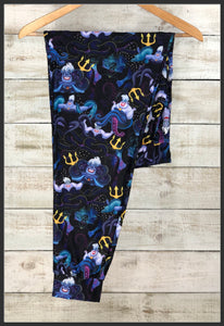 Ursula Capri Joggers Disney Villains Ursula Capri Jogger Pants - Arrow Trend Leggings