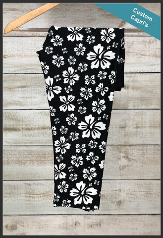Black and White Hibiscus Capri Leggings Custom Print Novelty Leggings - Arrow Trend Leggings