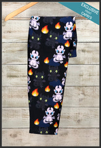 Toothless Capri Leggings Custom Toothless & Luna Leggings - Arrow Trend Leggings