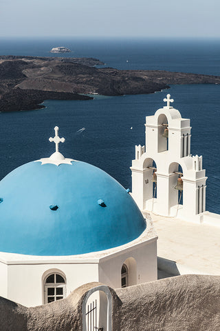 Photo of Agios Theodoros Church in Greece, from the top of a hill