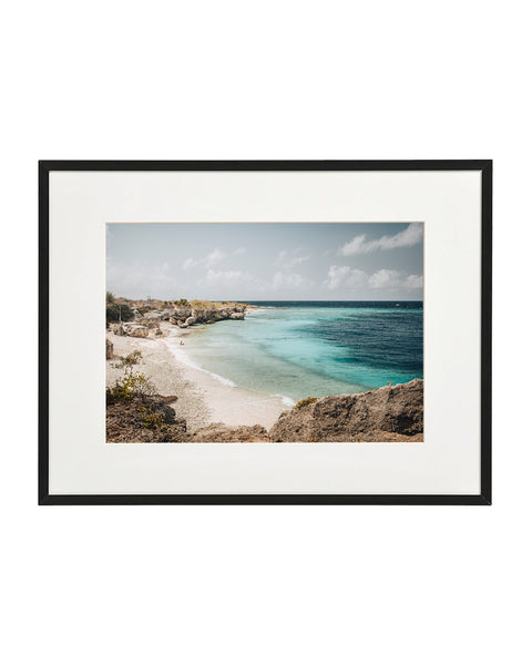 Horizontal photo of Director's Bay beach, Curaçao. Horizontal photo in a normal frame.