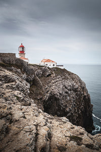 Vertical photo of the lighthouse in Cabo de São Vicente.