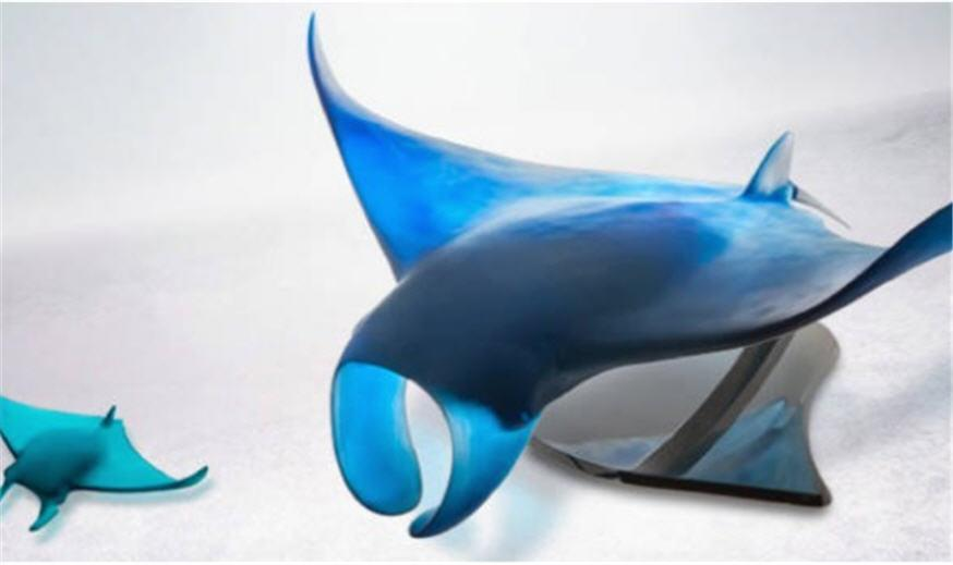 Daum Art Glass Daum Crystal XL Manta Ray by Umberto Nuzzo