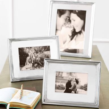 Mariposa Picture Frames Mariposa Classic 5x7 Frame