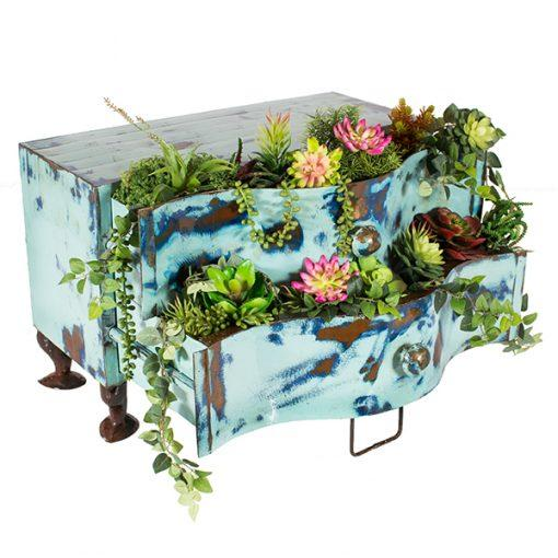 Think Outside Suzy Planter
