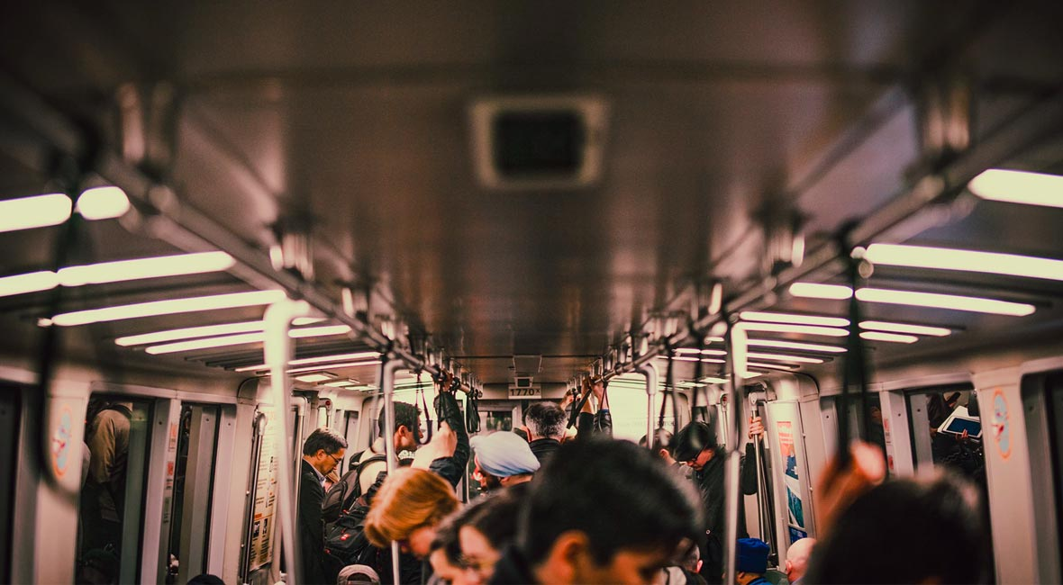 How to freshen up without showering after commuting