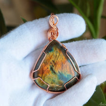 Load image into Gallery viewer, Large Labradorite Necklace | Copper Wire wrapped Pendant