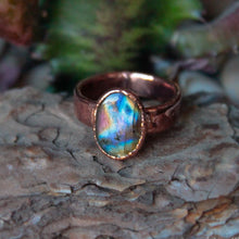 Load image into Gallery viewer, Electroformed spectrolite Copper Ring