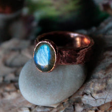 Load image into Gallery viewer, Blue Labradorite Ring Size 6 us | Electroformed Labradorite Jewelry