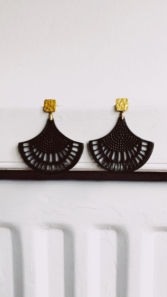 THE ITALIAN STATMENT EARRINGS