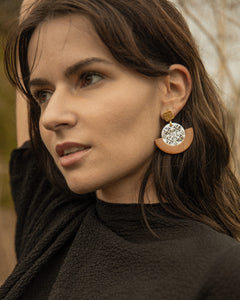 THE GLEAMING Earrings