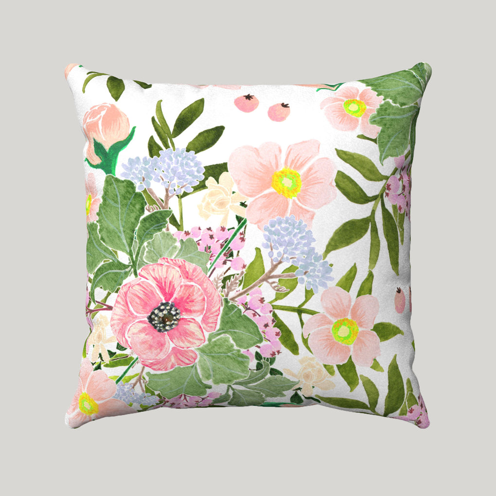 BOUQUET OF LARGE FLOWERS SUPER SOFT WHITE PILLOW