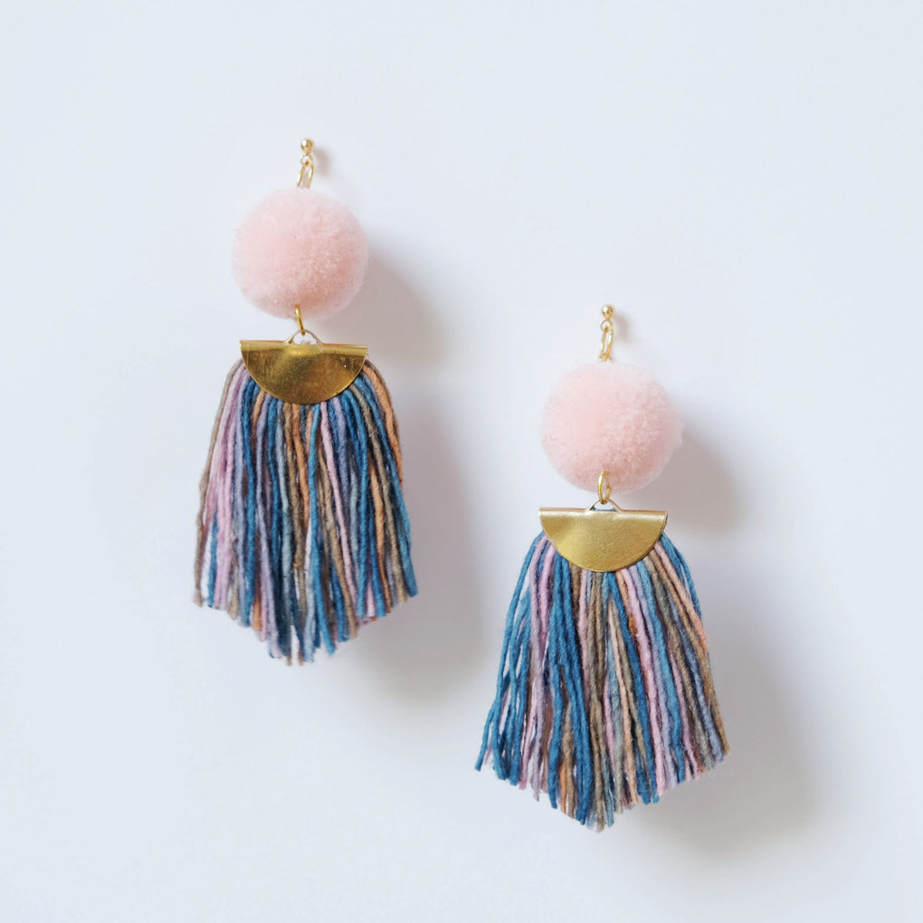 BABY PINK POMPOM NATURALLY DYED YARNS FAN TASSEL 18K STUD EARRINGS