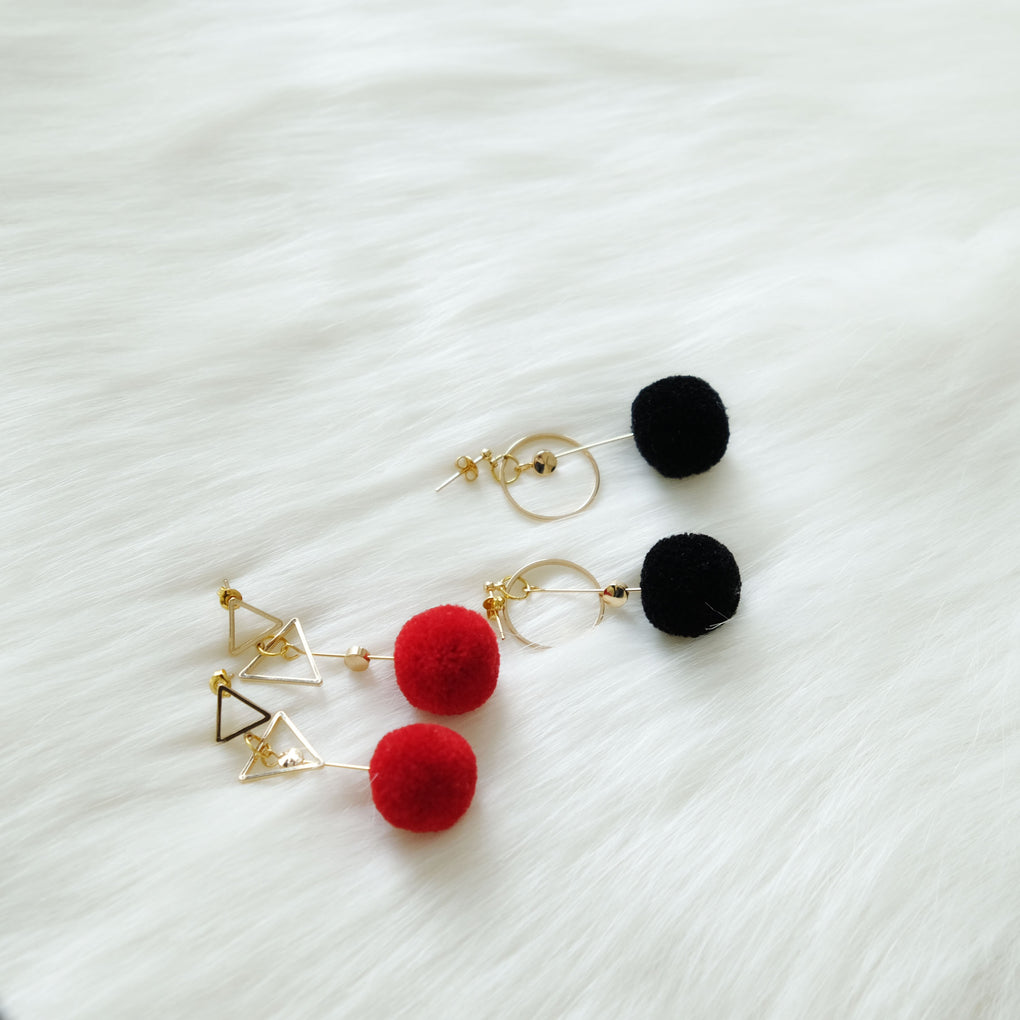 THE MIRRORS BRIGHT RED POMPOM 18K GOLD-PLATED DROP EARRINGS