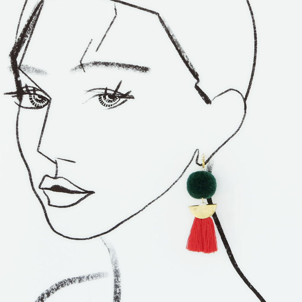 THE GREEN MOON POMPOM RED TASSEL 18K EARRINGS STUDS
