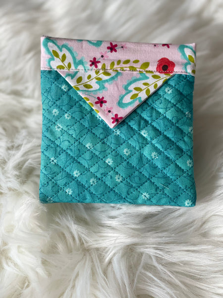 Green and pink pull snap pouch