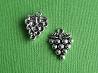grapes charms 3