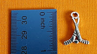 hockey sticks charms 4