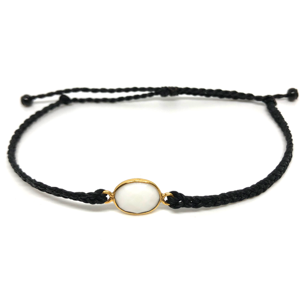 image of White Agate gemstone bracelet black