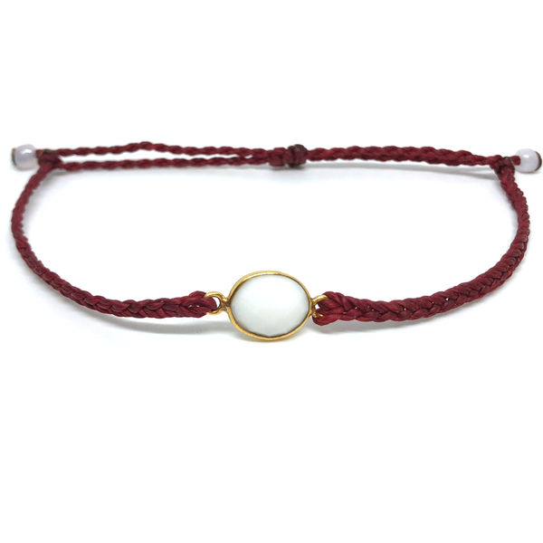 image of White Agate gemstone bracelet burgundy