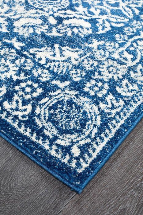 Mirage Gwyneth Stunning Transitional Navy Runner Rug