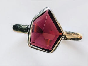 Ring Garnet Free Form Simple Sterling Silver Sz 9