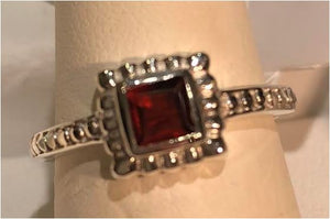 Ring Garnet Square Beaded Sterling Silver Sz 7