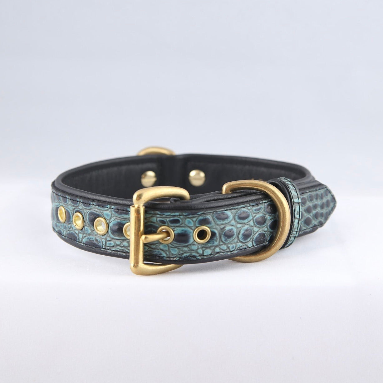 Genuine Leather Dog Collar: The Saint -Yves Collar