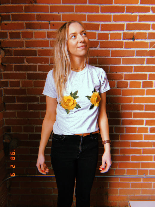 sunflower tee (lite)