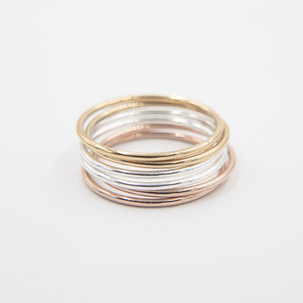 DELICATE STACKING RING