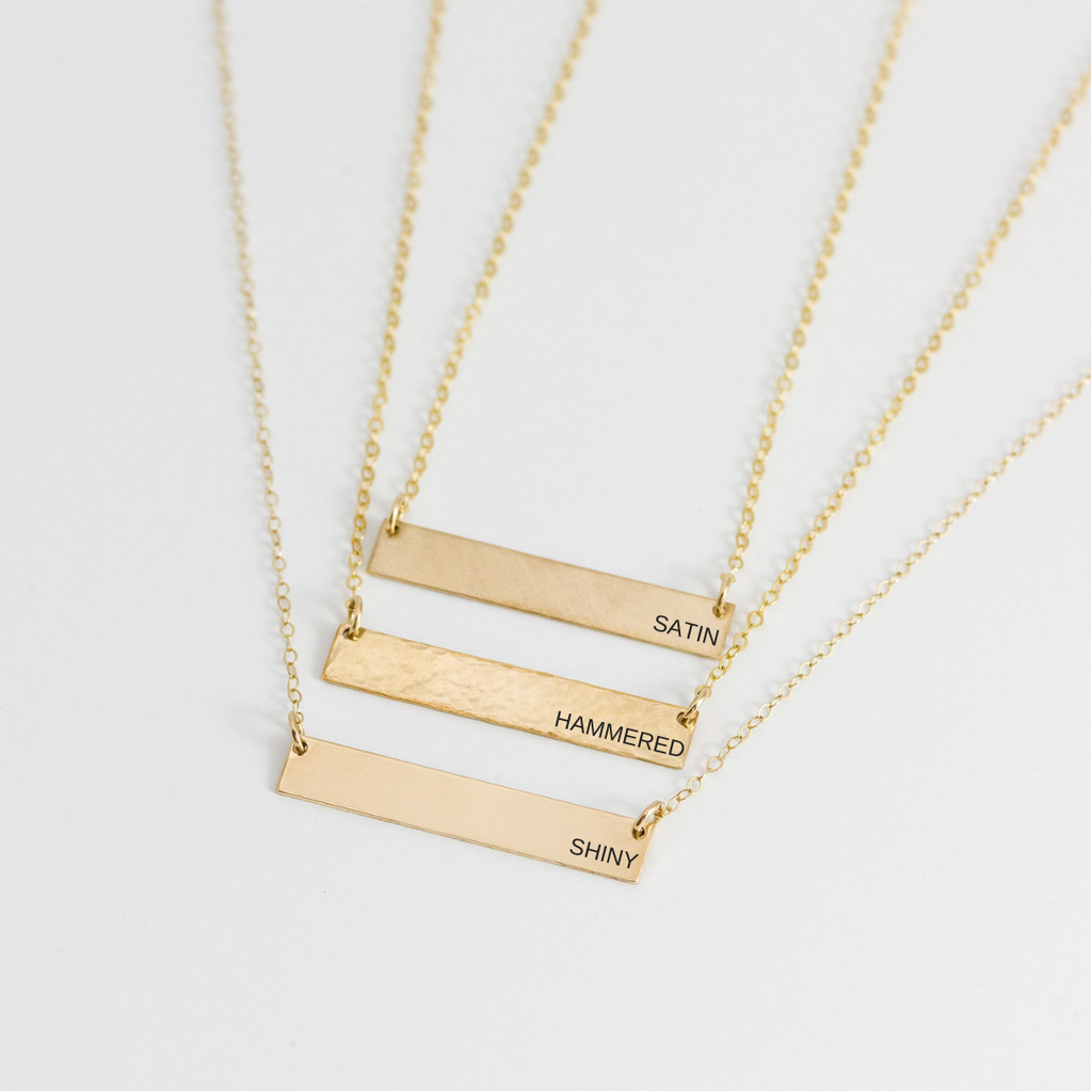 ROSIE SIGNATURE BAR NECKLACE