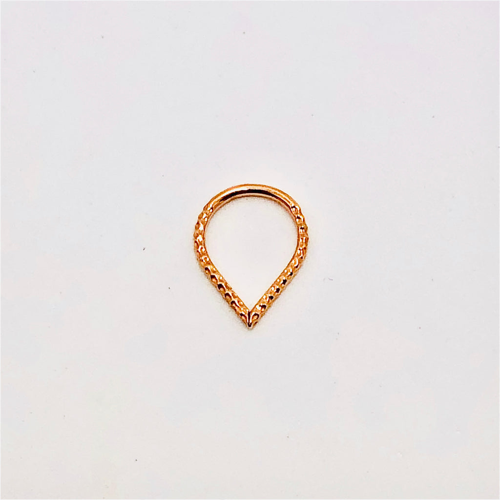 BVLA 16g Hammered Teardrop Seam Ring