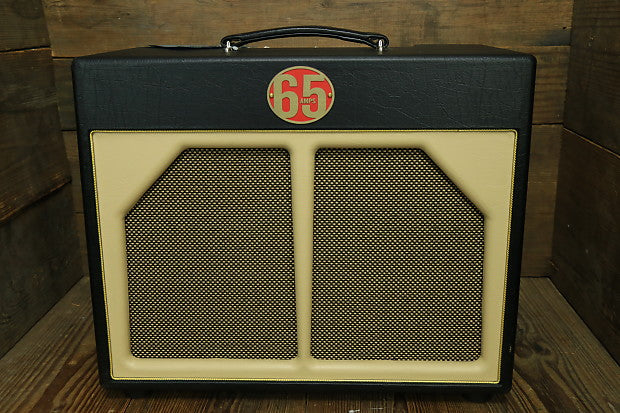 "Custom padded cover for 65 Amps Ventura 1x12"" Combo Amp"