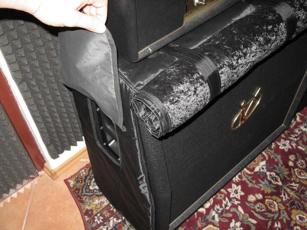 "Custom padded cover w/zippers, roll-up flap for BUGERA 4x12"" Slant cab"