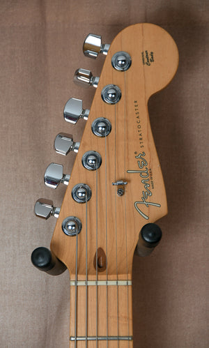 2005 Fender Stratocaster Polka Dot signed by Buddy Guy