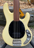 1979 Music Man Stingray Aged Olympic White Fretless !!