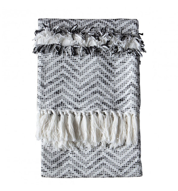 Zumba Herringbone Throw Cream/Black 1300x1700mm