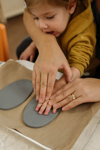 Holiday Handprint Ornament Workshop - Sun, Nov 24