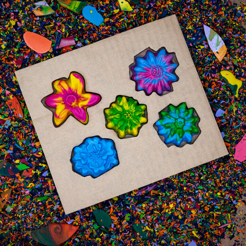 crayon set | multi color flowers