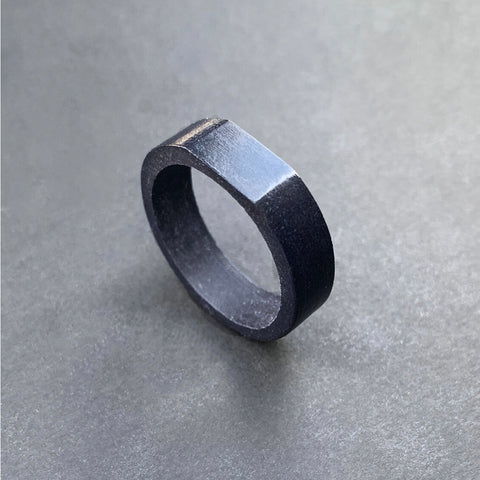 Dappe Ring | BLACK SLATE