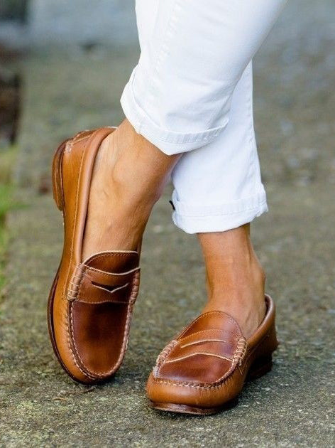 Comfortable Smooth Cow Leather Flat Casual Loafer - BelleChloe