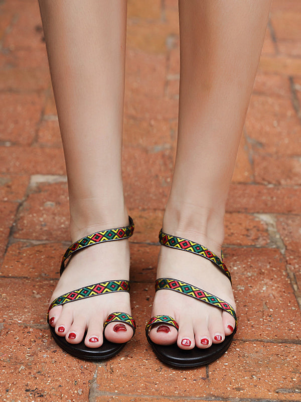Color Matching Temperament Flat Sandals - BelleChloe