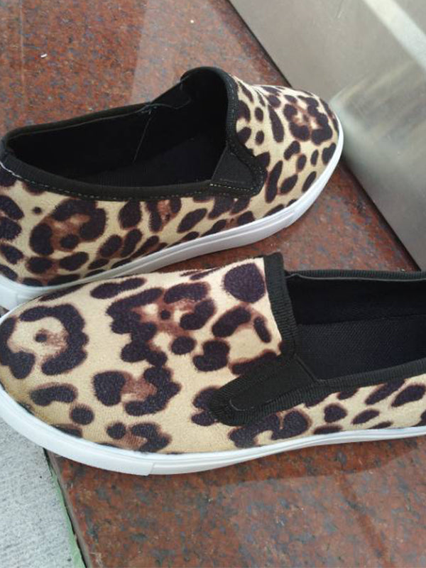 Women Leopard Printed Slip-on Flat Sneaker Pumps Loafers Shoes