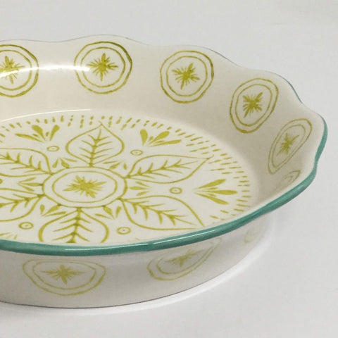 pie dish, apple pie dish, pie oven dish