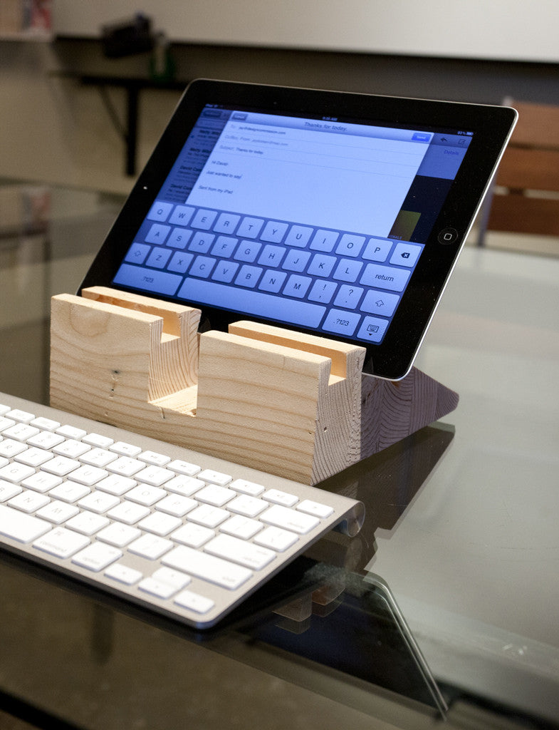 Bloct Tablet Stand - B