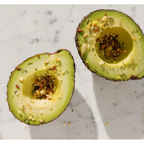 sliced-avocado-chia-seeds-healthy-skin-diet-natureal