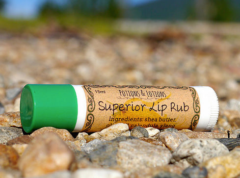 Superior Lip Rub