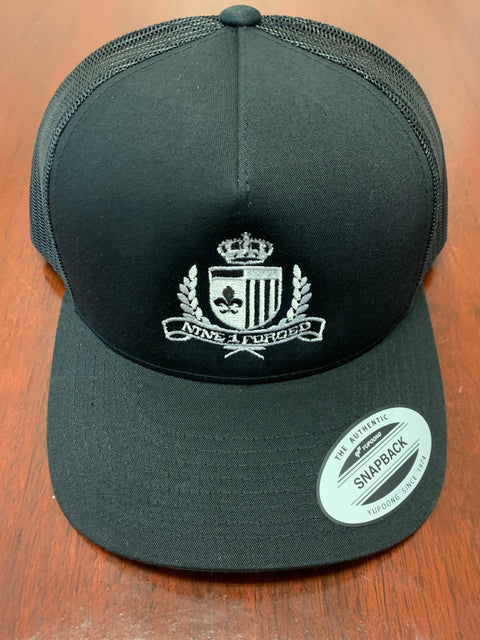 Crest logo embroidered trucker hat