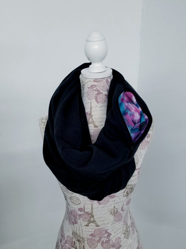 Snack Scarf - Heavy Black with Colorful Pocket
