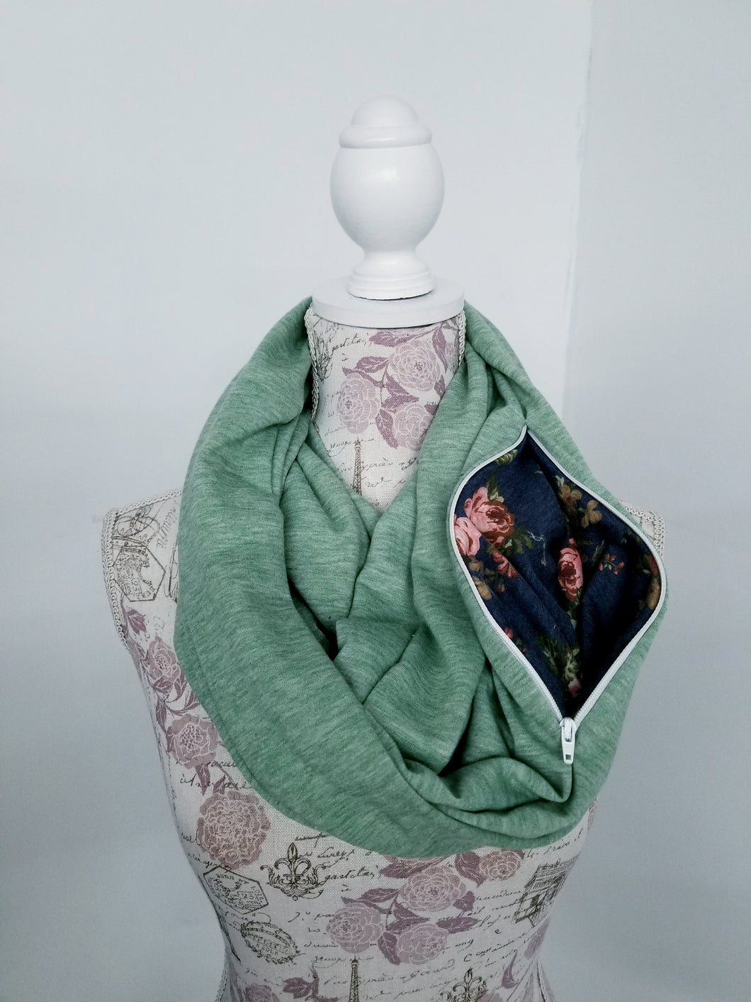 Snack Scarf - Sage Green with Floral Pocket